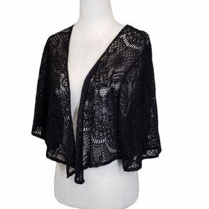 Torrid Lace Crochet Cropped Open Shrug Kimono 00
